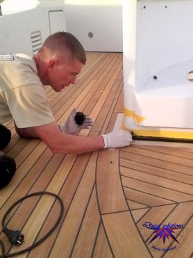 Shower grids / gratings in teak for a superyacht