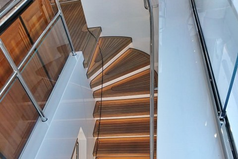 Luxury yacht staircase in teak by Duca Solutions