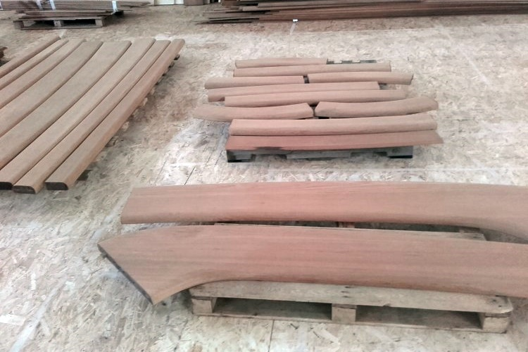 Prefabricated teak cap rails for a super yacht by Duca Solutions