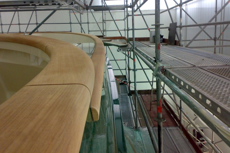 Railing in teak on super yacht by Duca Solutions