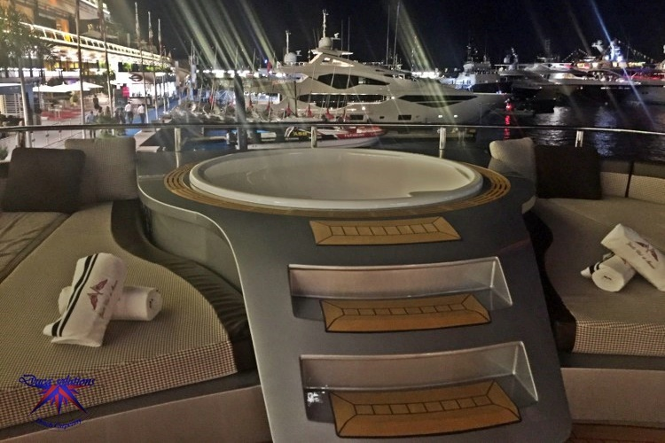 Jacuzzi in teak on a super yacht