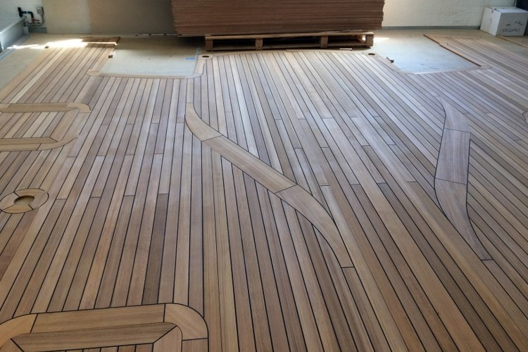 Shower grid on a super yacht Duca Solutions