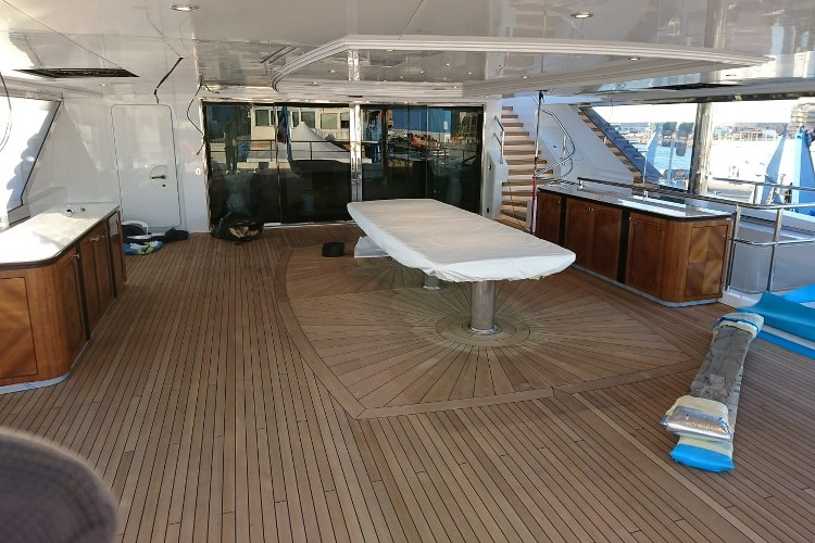 Teak deck inlays mega yacht by Duca Solutions
