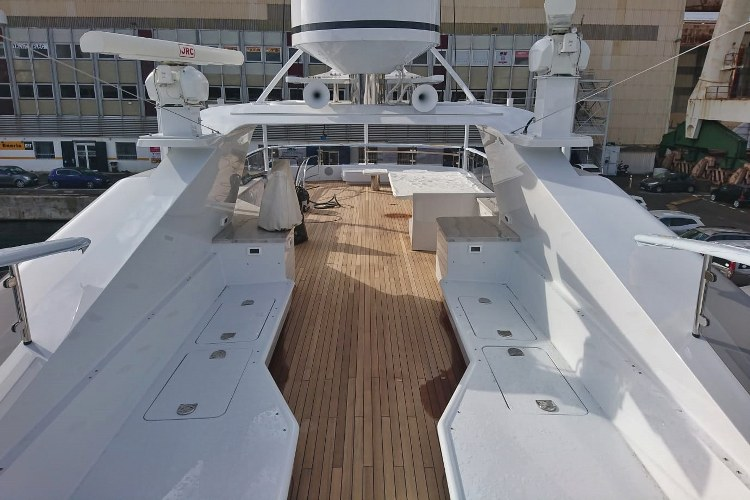 Quality yacht teak decking by Duca Solutions
