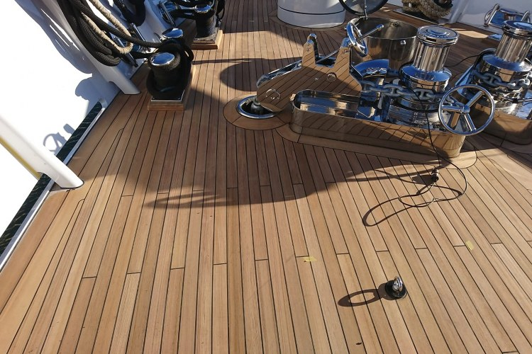 Custom teak decks for boats by Duca Solutions